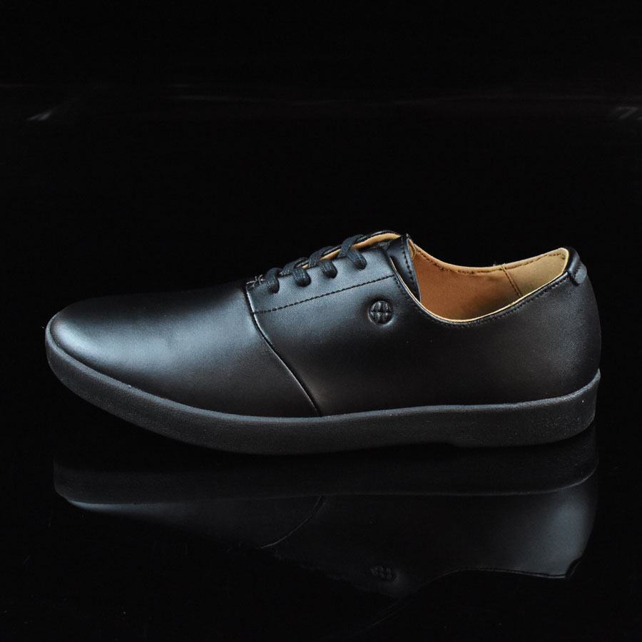 Black Shoes Austyn Gillette Pro Shoes in Stock Now