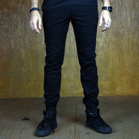 Size 34 in Primitive Carnaby Joggers, Color: Black