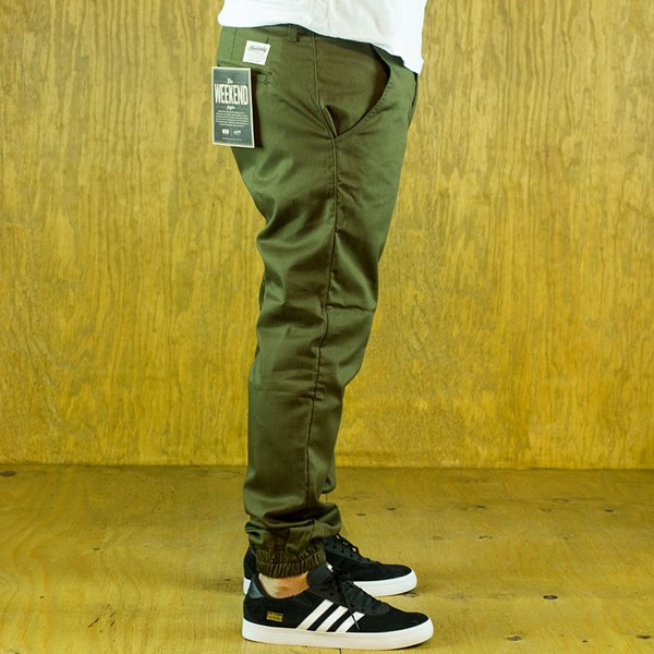 Kennedy Denim Co The Weekender Essentials Army Green From the side.