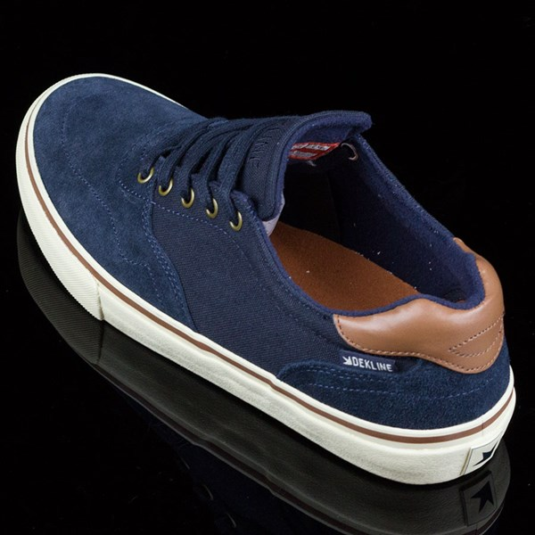 Dekline Wayland Shoes Navy, Antique Rotate 7:30