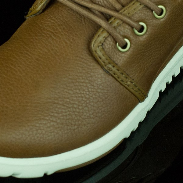 etnies Scout Shoes Brown Closeup