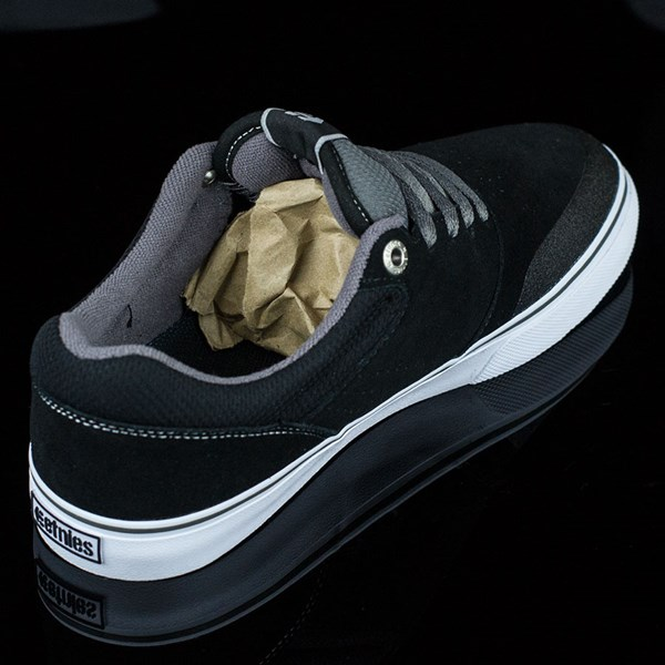etnies Marana Vulc Shoes Black, Grey Rotate 1:30