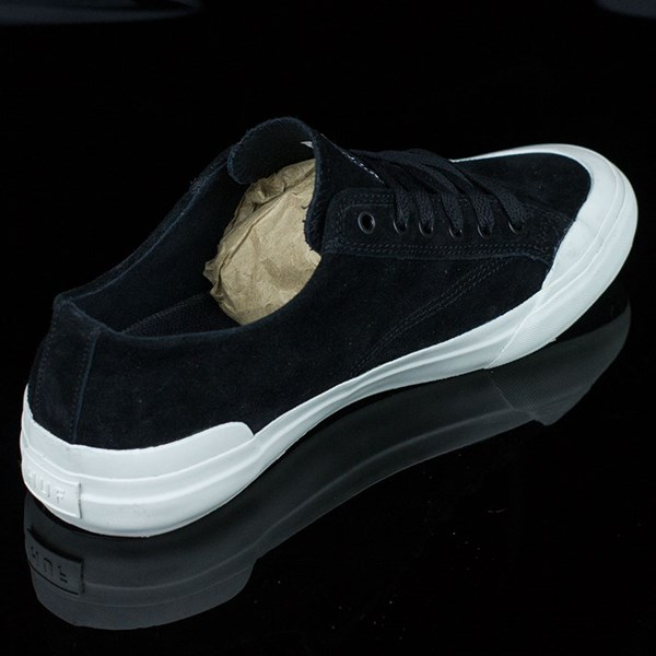 HUF Classic Lo Shoes Black, Bone Rotate 1:30