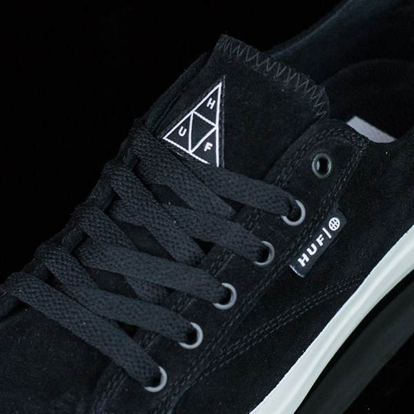 HUF Classic Lo Shoes Black, Bone Tongue