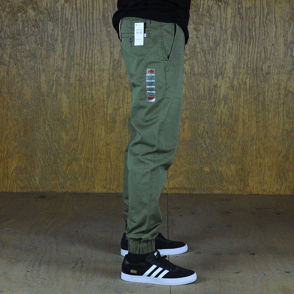 Levi's Chino Joggers Burnt Olive From the side.