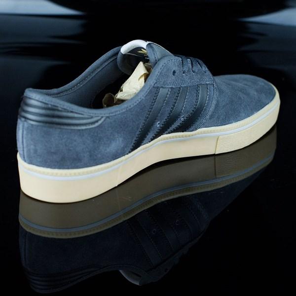 adidas Seeley ADV Shoes Dark Grey, Black, Gum Rotate 1:30