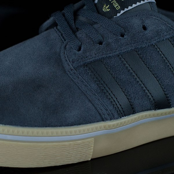 adidas Seeley ADV Shoes Dark Grey, Black, Gum Closeup