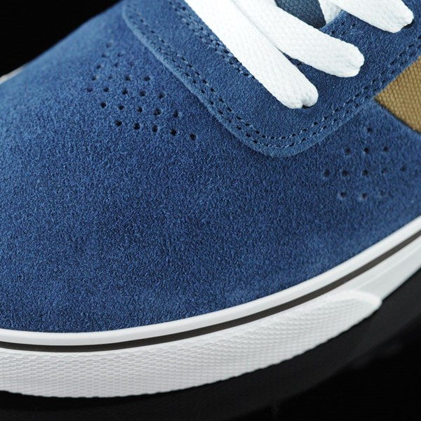 DC Shoes Switch Shoes Navy, Camel Closeup
