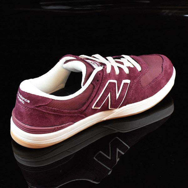 NB# Logan-S 636 Shoes Maroon, Cream Rotate 1:30