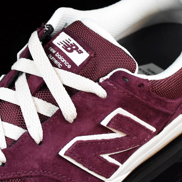 NB# Logan-S 636 Shoes Maroon, Cream Tongue