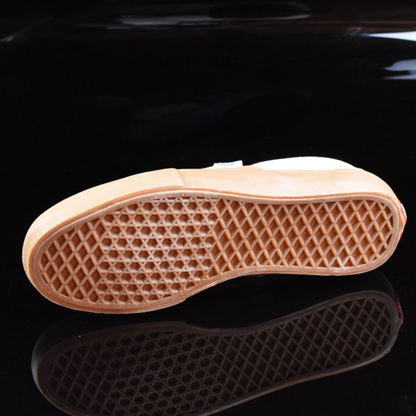 Vans Slip On Pro Shoes Off White, Gum Sole