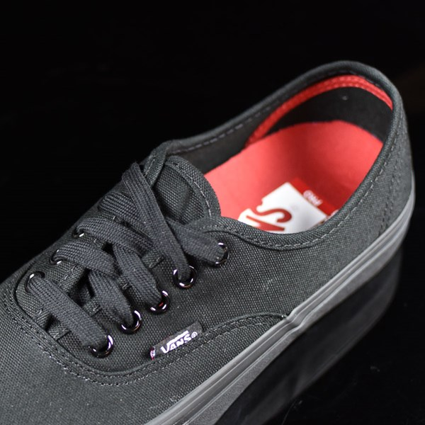 Vans Authentic Pro Shoes Black, Black Tongue