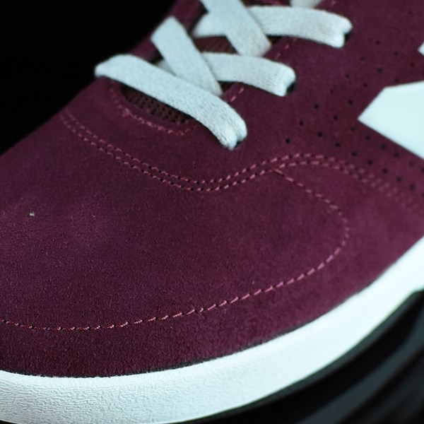 NB# Stratford Shoes Burgundy, Grey Closeup