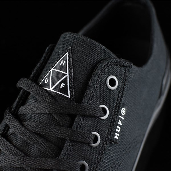 HUF Classic Lo Shoes Black, Black Tongue