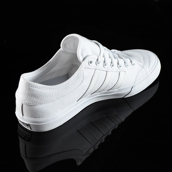adidas Matchcourt Low Shoes White, White Rotate 1:30