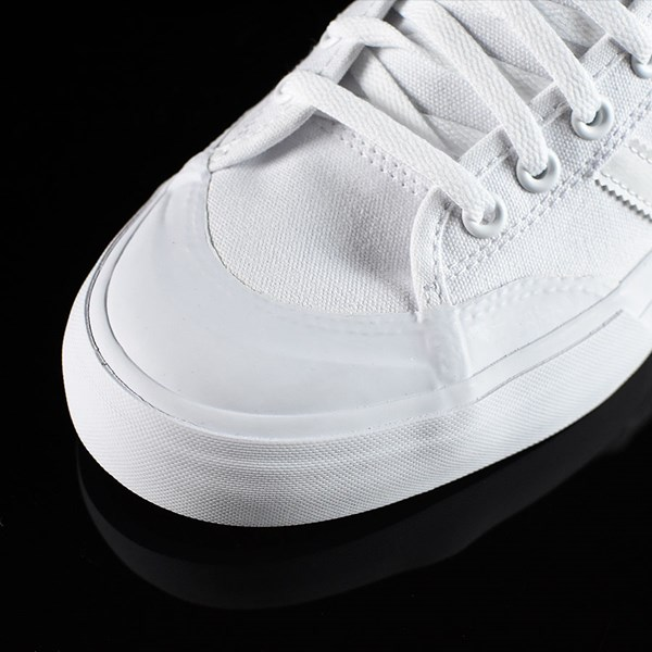 adidas Matchcourt Low Shoes White, White Closeup