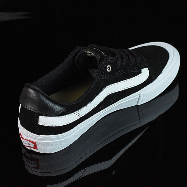 Vans Style 112 Pro Shoes Black, Black, White Rotate 1:30