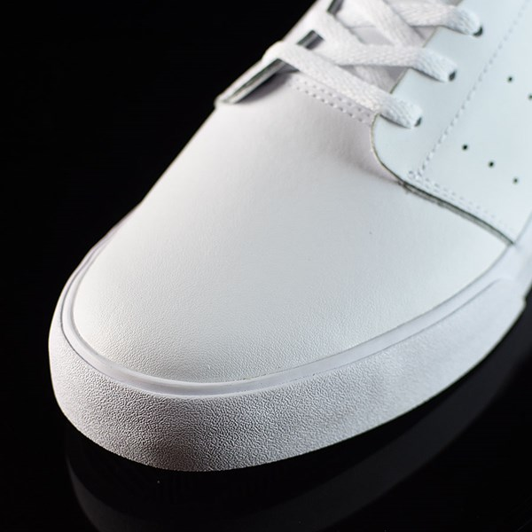 adidas Seeley Court Shoes Running White, White, Pool Closeup