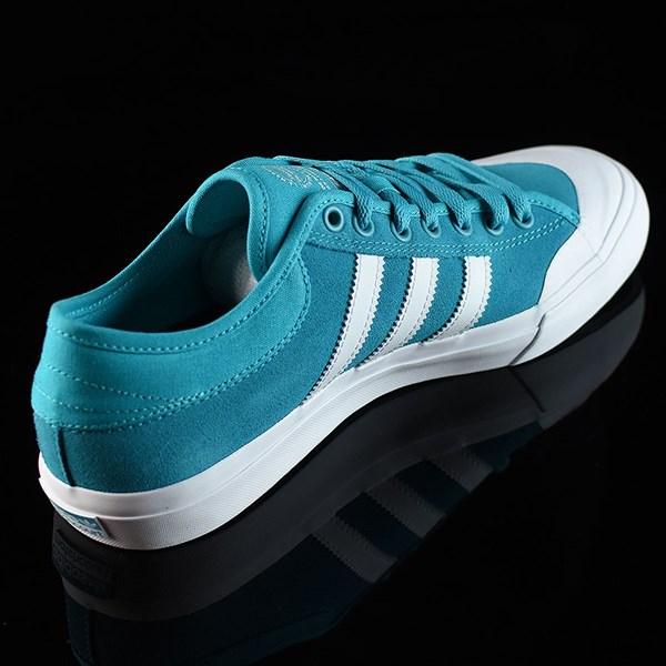 adidas Matchcourt Low Shoes Energy Blue, White Rotate 1:30