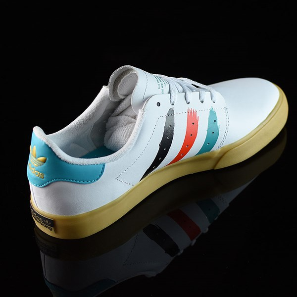 adidas Seeley Court Shoes Running White, Energy Blue Rotate 1:30