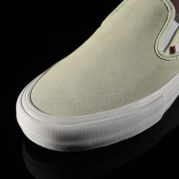 Vans Slip On Pro Shoes Ambrosia, White Closeup