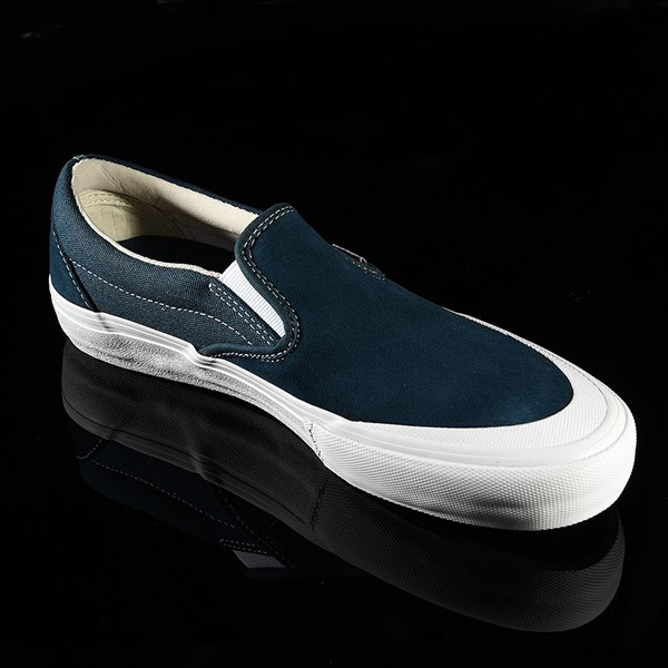 Vans Slip On Pro Shoes Reflecting Pond, Toe-Cap Rotate 4:30