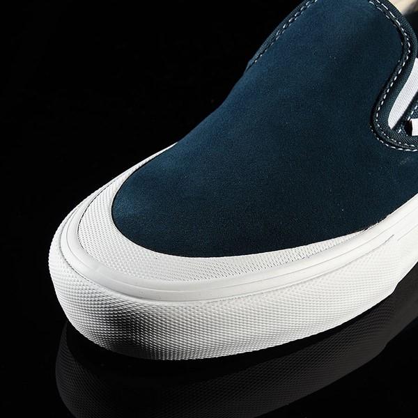 Vans Slip On Pro Shoes Reflecting Pond, Toe-Cap Closeup