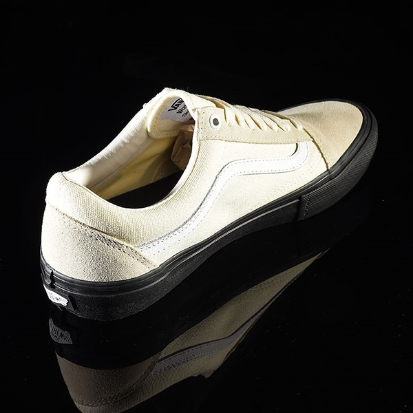 Vans Old Skool Pro Shoes Classic White, Black Rotate 1:30