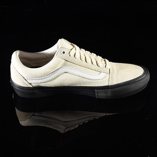 Vans Old Skool Pro Shoes Classic White, Black Rotate 3 O'Clock