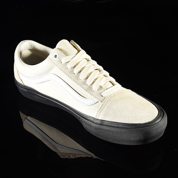 Vans Old Skool Pro Shoes Classic White, Black Rotate 4:30