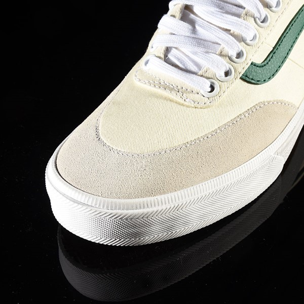 Vans Gilbert Crockett Pro Shoes (Center Court) Classic White, Evergreen Closeup