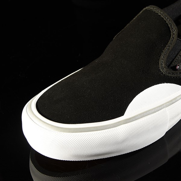 Vans Slip On Pro Shoes Independent, Black Closeup